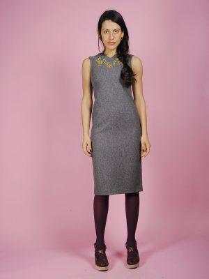Abito tubino grigio ricamo mimosa