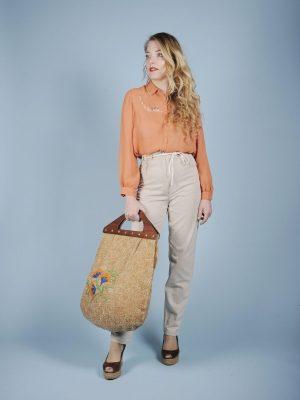 Camicia color pesca in voile con ricami