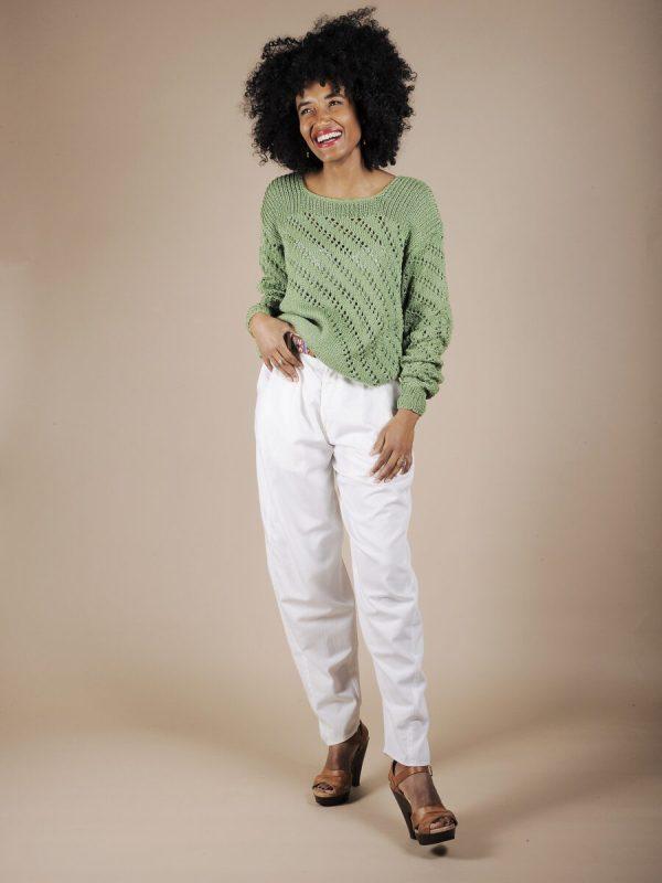 Maglione verde traforato in cotone