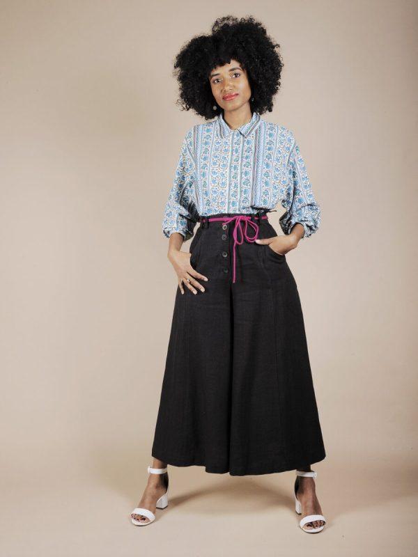 Pantalone a vita alta in lino nero