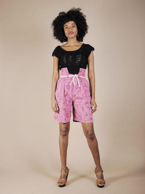 Shorts in cotone rosa fantasia animali atztechi 1