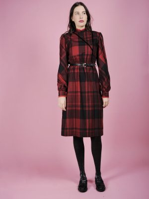 abito scozzese rosso nero