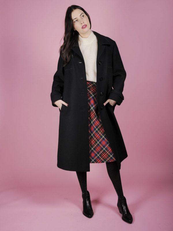 cappotto nero con cintura