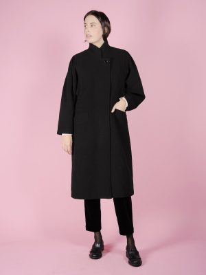 cappotto nero lungo
